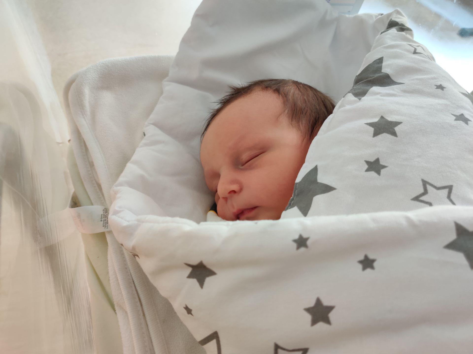 marcel po urodzeniu