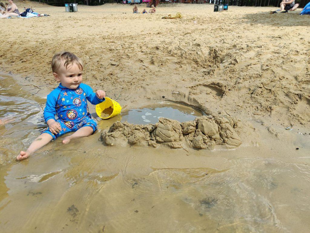 Marcel w wodzie